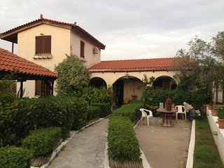 This villa is situated in Agious, Souvala and boasts for its local character. Yo