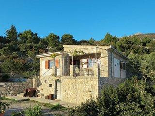2 bedroom Villa in Kaštel Lukšić, Splitsko-Dalmatinska Županija, Croatia : ref 5