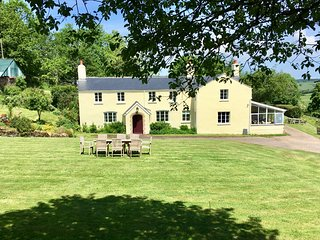 Stockham Farm Exmoor luxury dog-friendly accommodation for 4