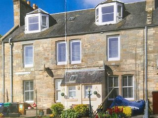 Spacious Apartment 4 mile outside St Andrews