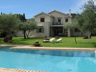 Villa Olive - 3 Bedrooms with private pool