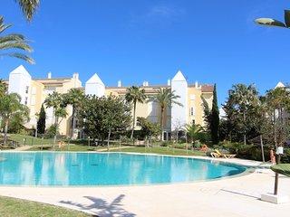 Privilegiada urbanización en mejor playa de Marbella