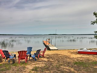 Private Deer River Cabin w/ Lake & Forest Views!
