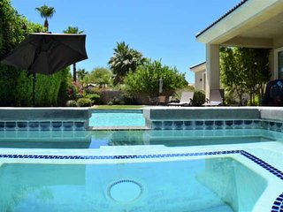 Spacious & Gracious home with Private Pool/Spa
