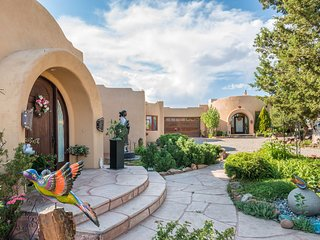 Two Casitas - Gentle Spirit - Peaceful, Healing & Inspiring Pueblo Sanctuary