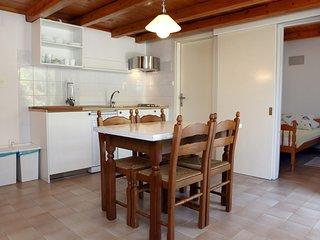 Pleasant Duplex with Terrace LR 2