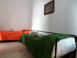 La tua camera nel cuore di Napoli, al B&B Ornella!