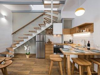 Evlimeni Suites (1st Floor)