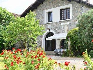 Rental Gite Labastide-Villefranche, 4 bedrooms, 8 persons