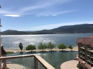 Fresh And Modern . Brilliant Lake Views ..