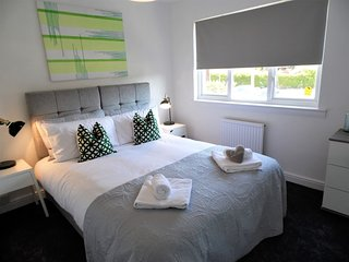 Signature - Woodfield View Uddingston