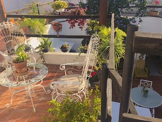 Casa Canario La Americana, Urban Sanctuary,  Private rooms, own terrace & patio