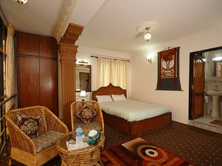 Beautiful Double Room in Hotel Manohara Pvt Ltd