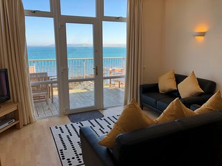 Sea Front House (17A) - Golden Bay Holiday Village