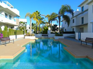 Apartment Gran Sol, Dona Pepa - Contemporary Apt. with Pool & Privte. Solarium