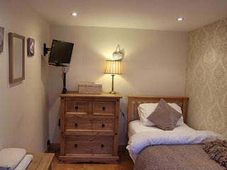 4* Star accommodation for one in super location in Irish home in Dublin