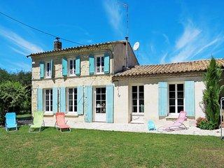 3 bedroom Villa with WiFi - 5642447