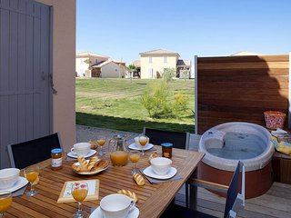 2 bedroom Apartment in Fabrègues, Occitanie, France - 5642235