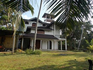 Villa PEARL sits in the cool clime of southern parts Sri Lanka