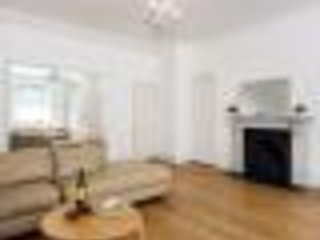 Spacious Bright 2 bedrooms apartment Central London