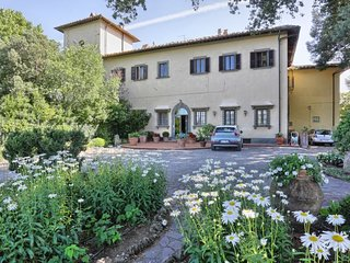 5 bedroom Villa in Morrocco, Tuscany, Italy : ref 5575740