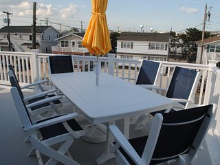 New Construction - Beach Block - Surf City 4 bedroom with views