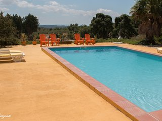 Casa Oliveira, total privacy, nature, birds, pool