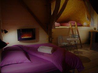 La Boucotte à Vellerot-lès-vercel / Chambre Séquoia / jacuzzi et sauna