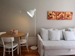 Apartamentos com História (Apartment #2)