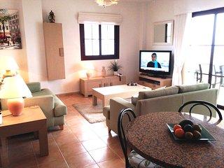 2 Bedroom apartment with fabulous Atlantic views