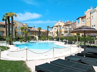 1 bedroom Apartment in Lido di Jesolo, Veneto, Italy : ref 5641417