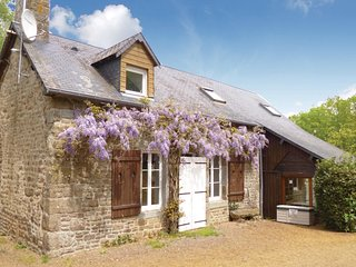 5 bedroom Villa in Cherence-le-Heron, Normandy, France : ref 5565684