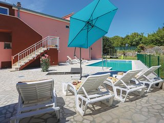 4 bedroom Villa in Nečaj, Splitsko-Dalmatinska Županija, Croatia : ref 5571495