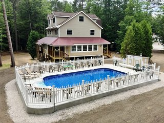 Bear Brook House, Multi Family & Group Vacations -Heated pool