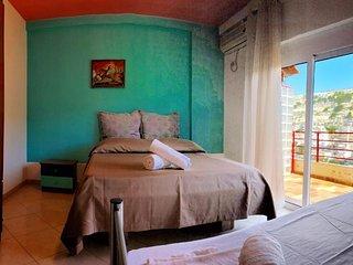 Hasta la Vista Room 1