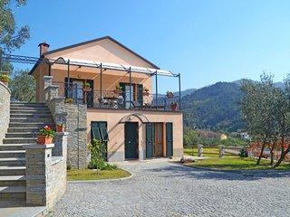 1 bedroom Apartment in Santa Margherita di Fossalupara, Liguria, Italy : ref 564