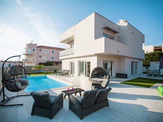 3 bedroom Apartment in Karigador, Istria, Croatia : ref 5640843