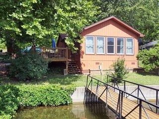 Blue Gill House #1539493