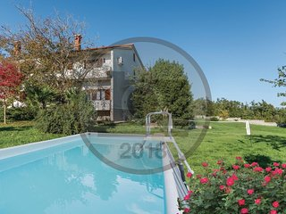 4 bedroom Villa in Prnjani, Istria, Croatia : ref 5564100