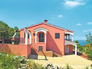 Ravni Holiday Home Sleeps 10 with Air Con and Free WiFi - 5640892