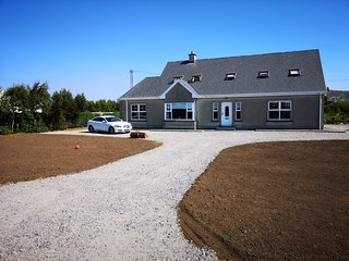 Beautiful 5 bedroom house on the 'Wild Atlantic Way' route