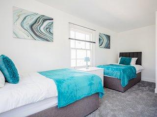 ⭐️Elthorne Luxury Apartments - Uxbridge: Apt 3⭐️Key Workers Only