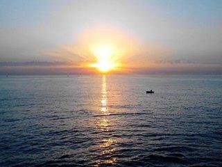 Casa Vacanze 'Alba sul Mare'. Splendida e antica dimora vista mare luminosissima