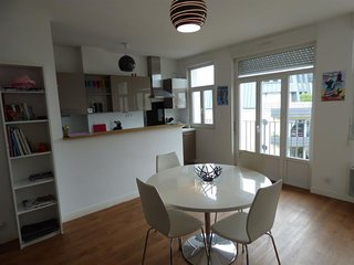 RESIDENCE CLEMENCEAU-CENTRE VILLE-20M PLAGE/CASINO