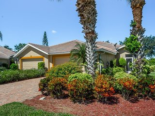 NEW LISTING! Golf course adjacent home w/shared pool, hot tub, tennis courts
