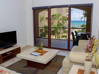 Ocean front luxury 3 Bedrooms coral 204