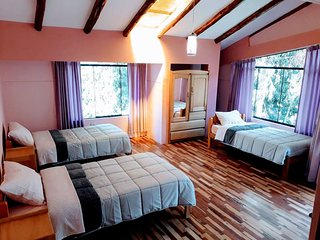 Casa del Rio Triple Room + private bathroom + WiFi