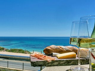 The Jetty, Port Willunga - Blanche Suite. A luxury beachfront couple's suite.