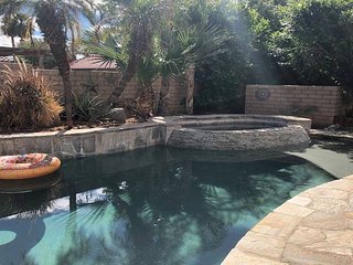 Desert Pool Home - La Quinta/Indian Wells/Palm Desert - close to Palm Springs