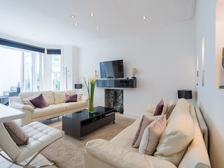 Luxurious West Kensington Home by Olympia London